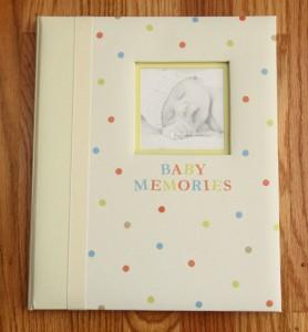 Pearhead tiny ideas Baby Memory Book ~ Pale Yellow ~ Polka Dots  ~ Baby Memories